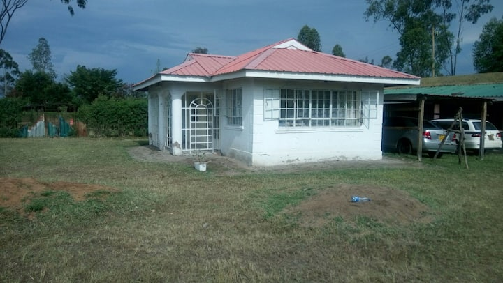Ahero Family Farm Stay: Pretoria Place