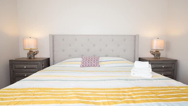 Cozy house 4 bedrooms 洛杉矶4房短租别墅 近大华168超市/PIH医疗大楼