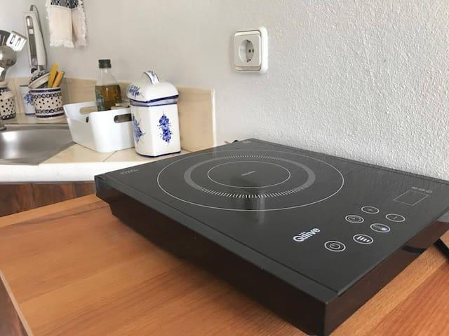 Electric Stove - Ceramic hob in your private Kitchen
