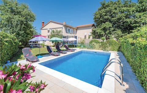 Awesome home in Modrusani with WiFi and 3 Bedrooms
