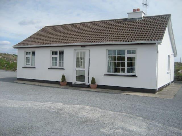 Murtys Cottage
