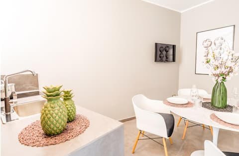Art Studio Apartment-Ortigia center, Appolo Temple