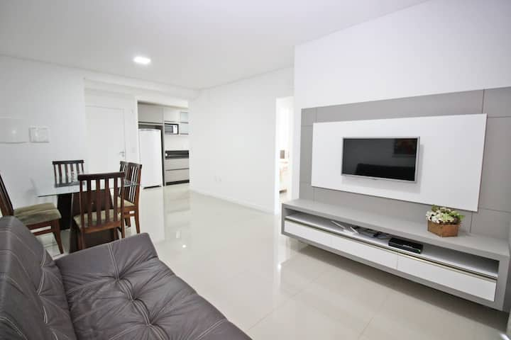 Apartamento completo em Bombinhas perto da praia
