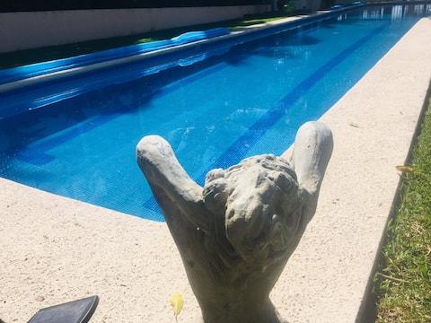 Poolside Guest Room 1 Pet Friendly Los Cocos