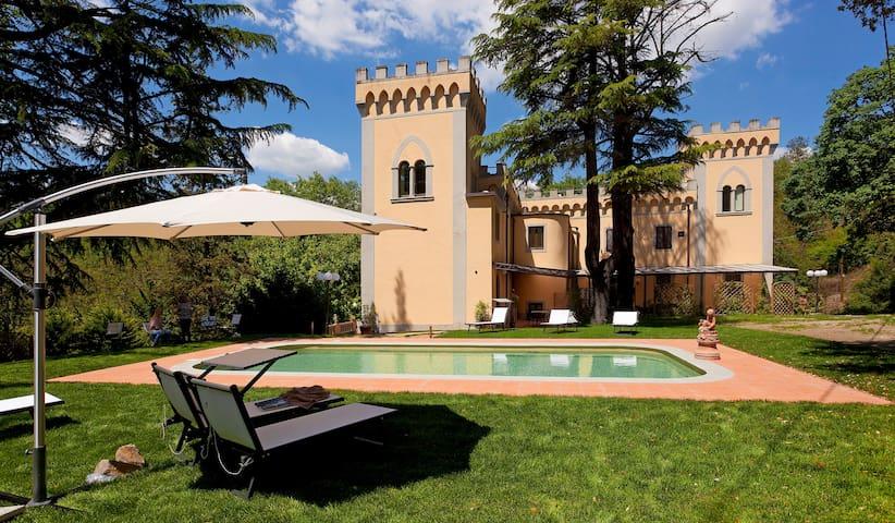 Chianti - Apartment Iris in Villa, swimming pool