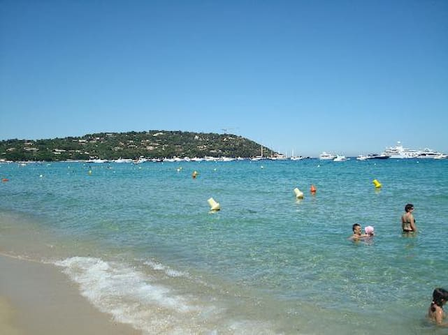 St Tropez - VILLA PLAYA DEL SOL - on the beach 5
