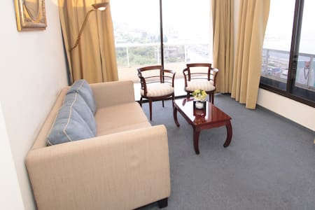 Large Suite with Nice View & Service