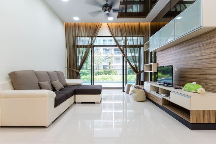 刚完成摩登装潢,3房,可住多人,吉隆坡。