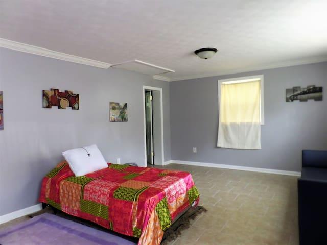 Windsor House large bedroom