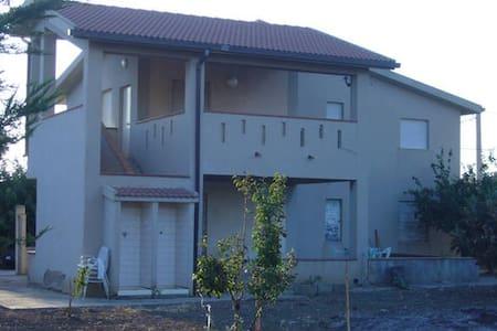 Appartamento in Villa Anna - Zingarello