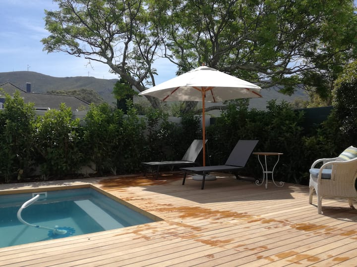 Beautifully renovated, pool deck and views!