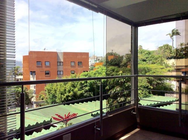 Apartamento moderno y cómodo ejecutivo - Caracas