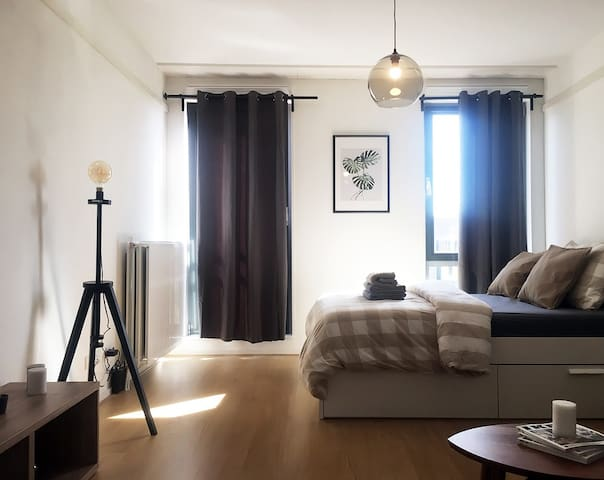 Cozy beautiful apartment  **10min to CITY CENTER**