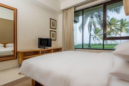 CG02 Luxury 5* 2BR Apt Hyatt Regency Danang