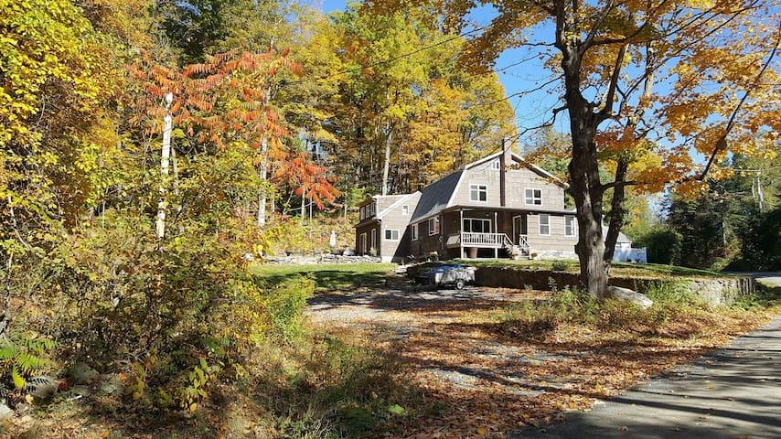 Knoll Rock House (3B/3B) - Best of the Berkshires