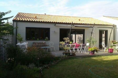 Agréable maison proche La Rochelle - La Jarrie, Aquitaine-Limousin-Poitou-Charentes, FR