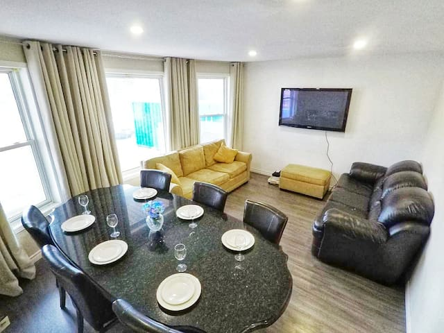 Modern Clean Comfortable Home Near Casino & Tunnel