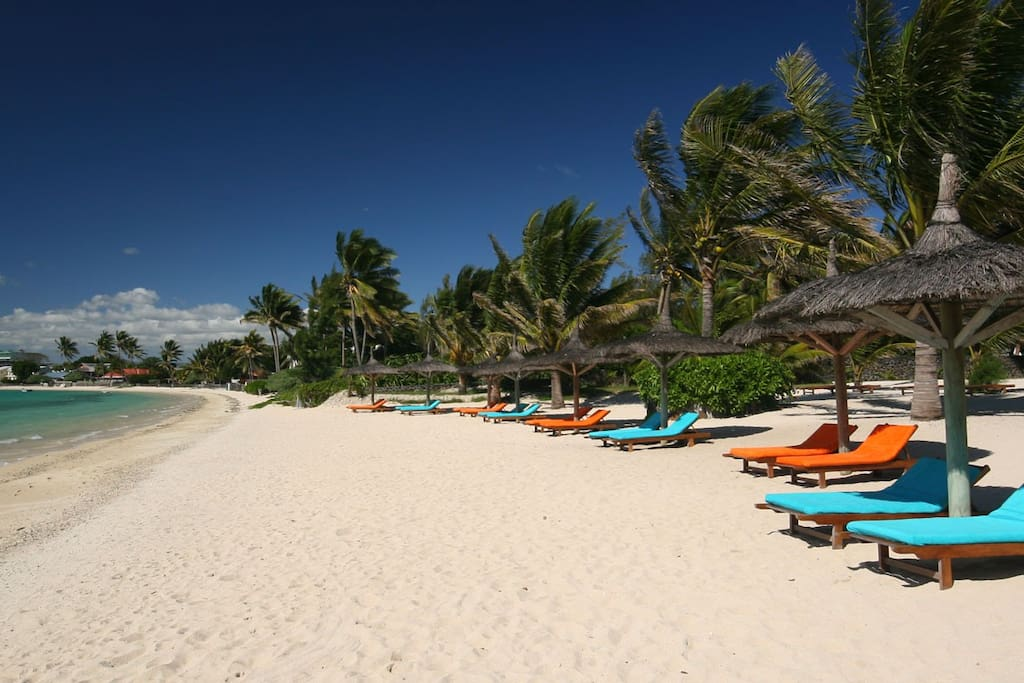 Ocean Villas Private secluded beach in Grand Baie. White sand and turquoise sea