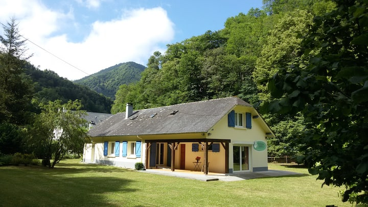 Holidayhome, 8 persons, High Pyrenees.