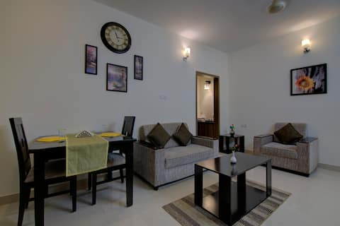 1BHK Serviced Apartment With Kitchen Facilities