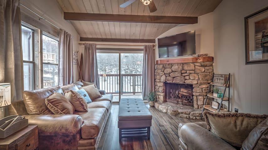 Slope-side Retreat at Beech Mountain Resort - Beech Mountain - Stadswoning