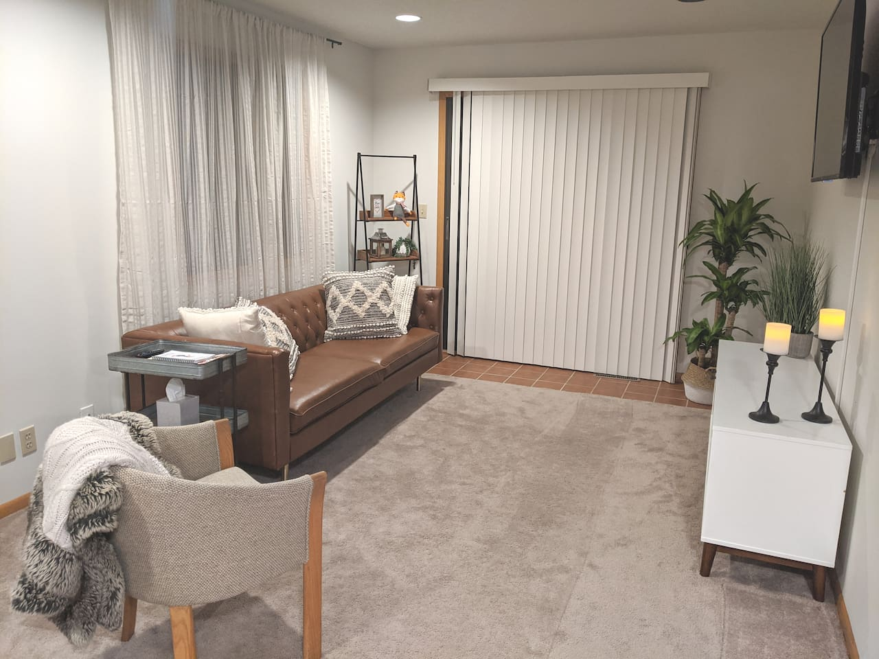 Private living room (not shared with homeowners)