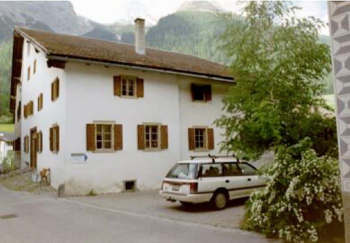 Chesa sur Alvra - Bergün/Bravuogn - House