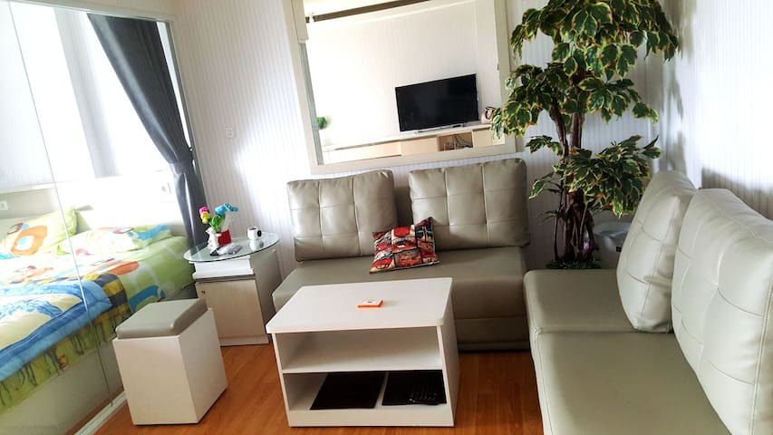 Ancol Ocean View 1 BR Apt for 2-4 persons