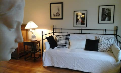 A Quiet and Bright Room in the Heart of the Marais