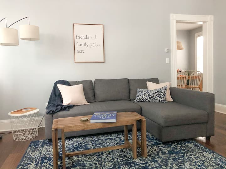 Newly Updated Downtown Apartment w/Historic Charm