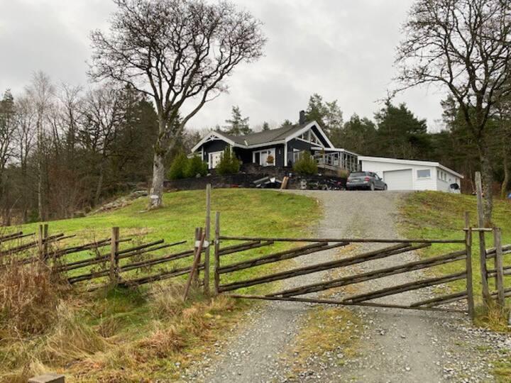 Lantlig villa med utomhus spa 1 mil från göteborg