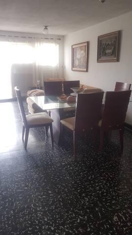 Bienvenidos a la hermosa Cartagena de Indias...