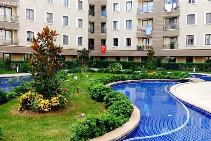 Sweet&Clean flat with facilities near Airport.