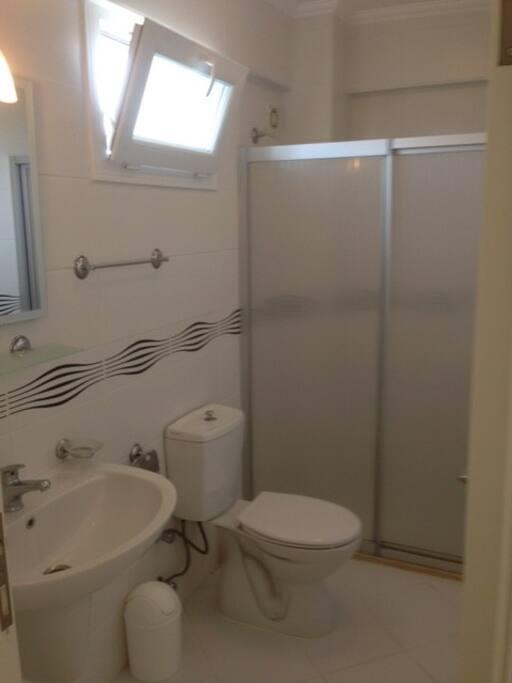 Bedroom Toilet & Shower