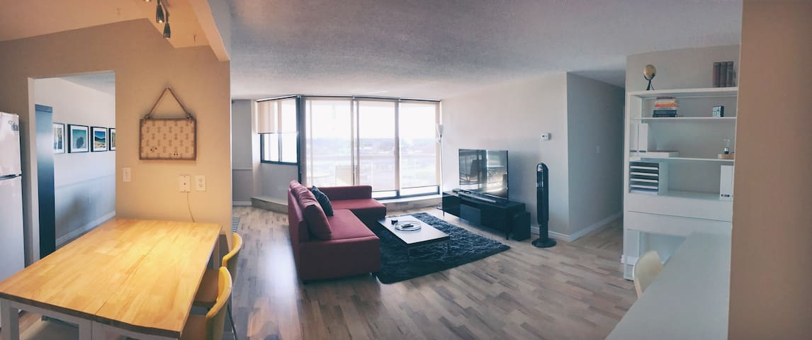 EXCLUSIVE - Large Bright Modern Downtown Condo