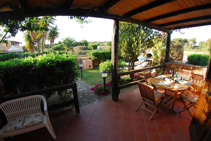 Casa Fortunato 2 Zimmerwohnung im Erdgeschoss - Porto Pollo - Leilighet