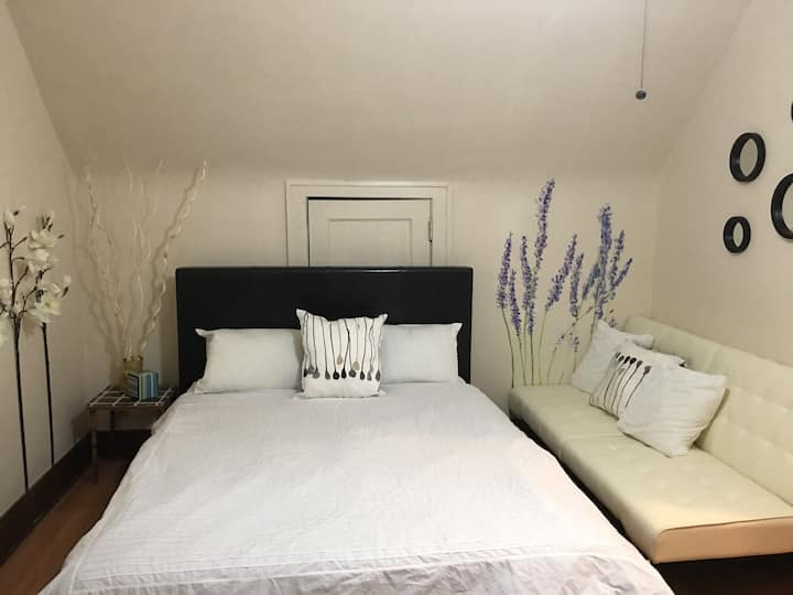 Cozy Stylish Suite by CCF, CWRU, UH