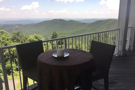 Stunning Spiritual Sanctuary  - Boone - Condomínio