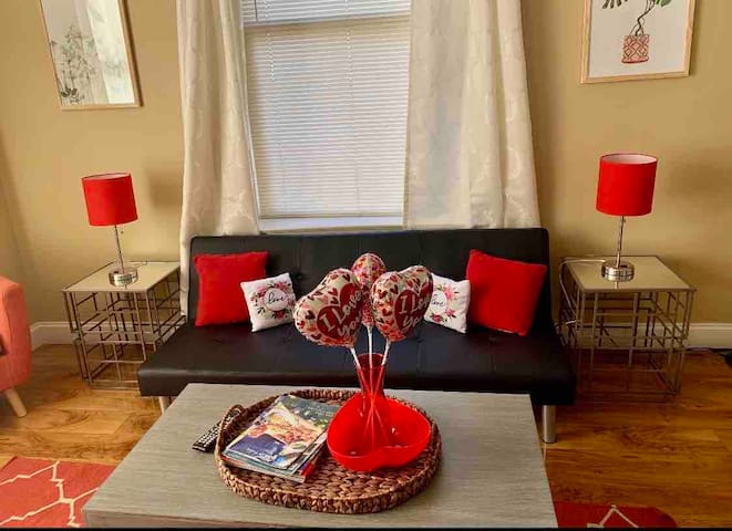 Vday by Beale 1BR w/ a VIEW!! Free Wifi