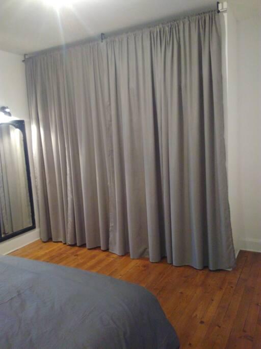 maison de ville des ann es 30 avec jardin 170m2 maisons louer clermont ferrand auvergne. Black Bedroom Furniture Sets. Home Design Ideas