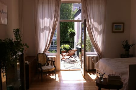 Charming apartment - typical Brussels house - Forest