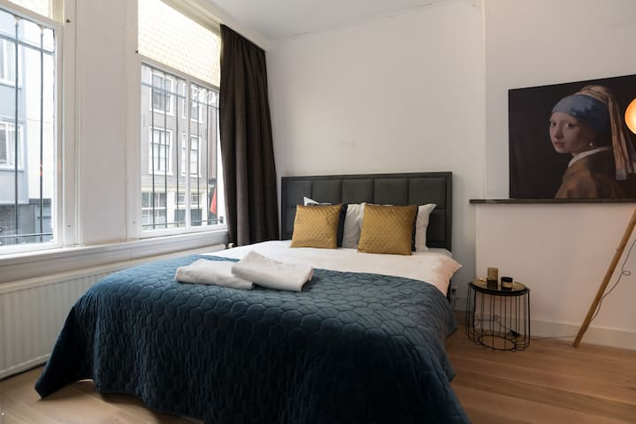 Private studio -private bathroom- 100% citycentre