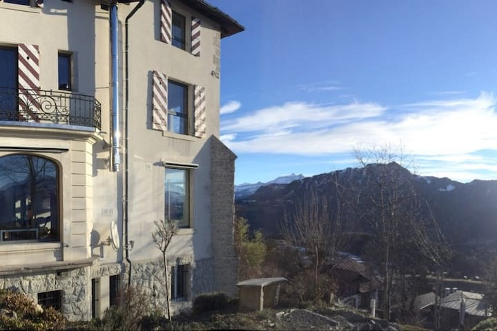 Exclusive Moutain Chalet