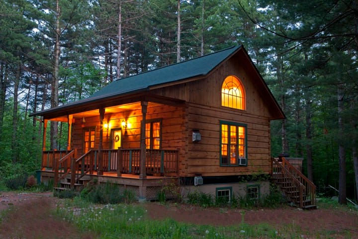 Tranquil Brookside Retreat
