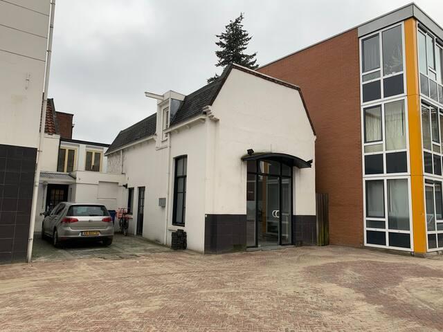 Unieke woning/winkel in Centrum van Enschede