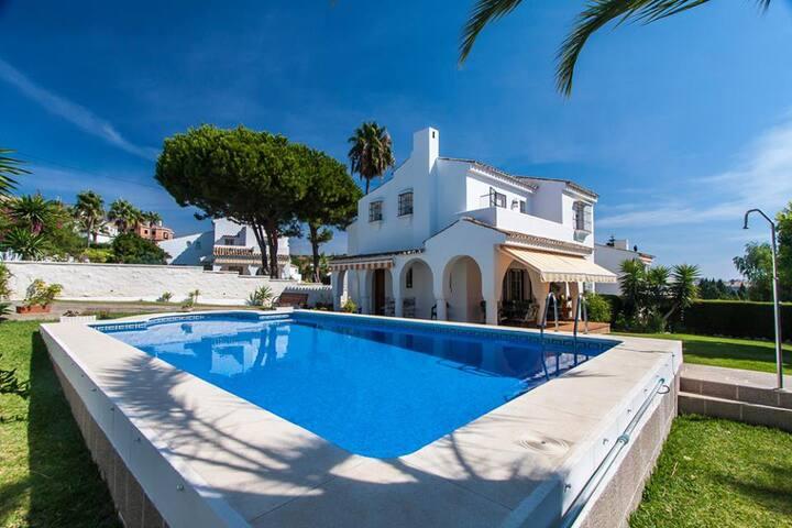 Villa Monaco with beautiful pool and garden