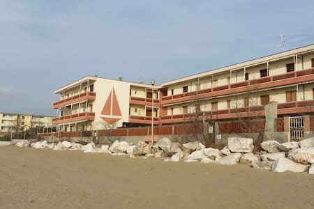 Apartment on the beach - San Vincenzo - Appartement