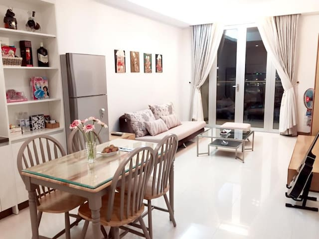 Charming Homestay (near Tansonnhat Airport) - Ho-Chi-Minh-Stadt - Wohnung