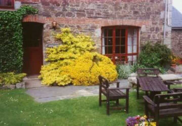 Dove Cottage, Homeleigh Farm, Chapel Amble