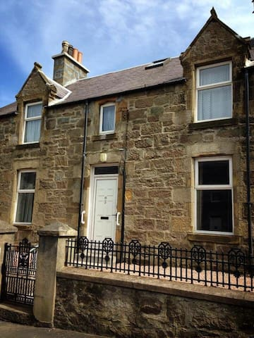 3 bedroom apartment central Lerwick